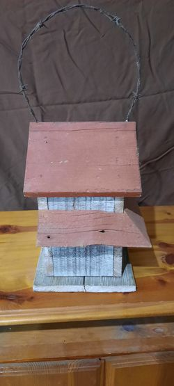 Birdhouse  Thumbnail
