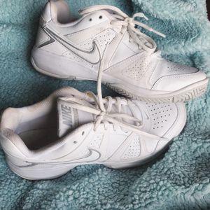 Nike sneakers! for Sale in Lovettsville, VA