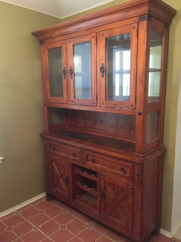 Traditional Hutch China Cabinet For Sale In Roanoke Tx Offerup