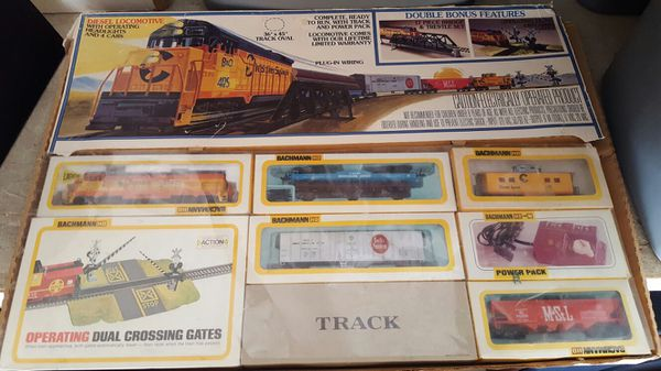 Vintage Bachmann 41-640-09 Ho C&o Chessie System Locomotive set 4127 for  Sale in Escondido, CA - OfferUp