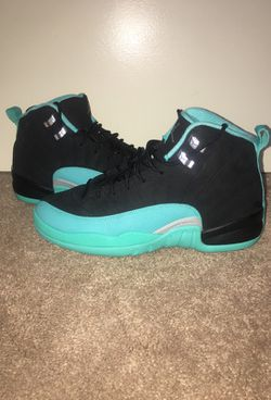 Air Jordan 12 Hyper Jade size 9Y Thumbnail