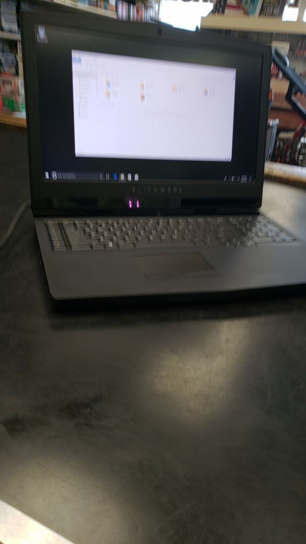 Alienware 17 R5 gaming laptop i9 32gb ram for Sale in Hollywood, FL -  OfferUp