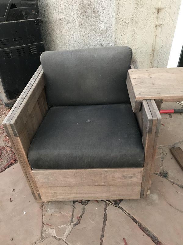 Wooden Chairs Furniture In Davis Ca Offerup