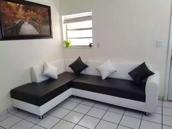 Phenomenal Sectional Sofa Couches New Furniture In Miami Springs Fl Dailytribune Chair Design For Home Dailytribuneorg