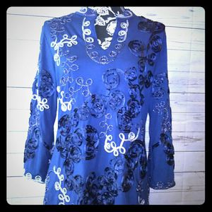 Brand New Beautiful Lauren Michelle Blouse , women's size L ( Never worn ) for Sale in Frederick, MD
