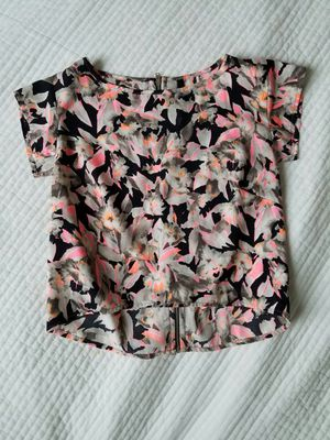 Pink and black floral crop top with zipper back for Sale in Seattle, WA