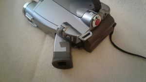Canon camcorder zr-80 360x DIGITAL zoom for Sale in Oxon Hill, MD