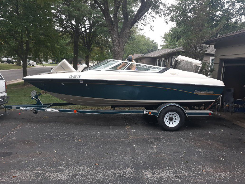 Photo 94 Crownline Boat Great Condition ForSale $6,700 Or Trade!!!! Looking For A Good Reliable Truck...Diesel Preferably Or Harley Davidson