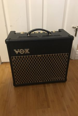 VOX VT30 Amp for Sale in Los Angeles, CA