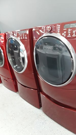 Photo KENMORE ELITE WASHER & DRYER SET SMART WASH STEAM CARE QUIET PACK FRONTLOAD WITH PEDESTAL BURGUNDY COLOR