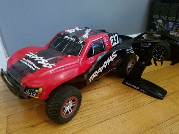 Traxxas Slash brushless 4x4 RC truck for Sale in Maitland, FL - OfferUp