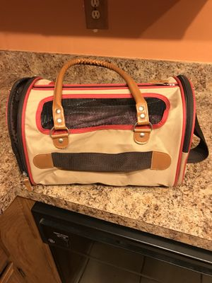 American kennel club dog carrier for Sale in Upper Marlboro, MD