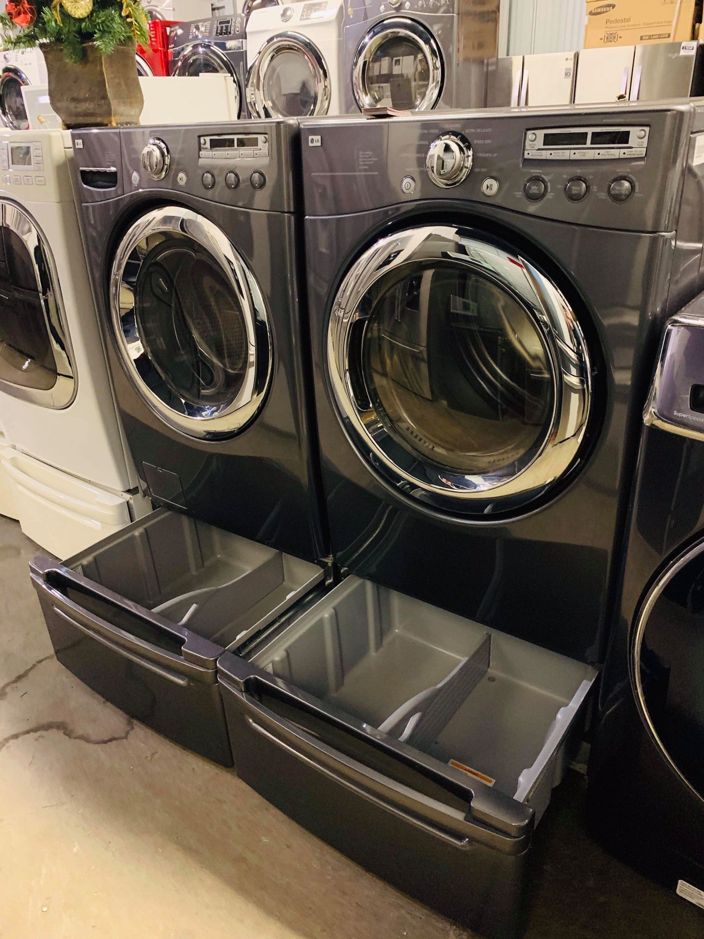 LG WASHER AND DRYER 💸💸