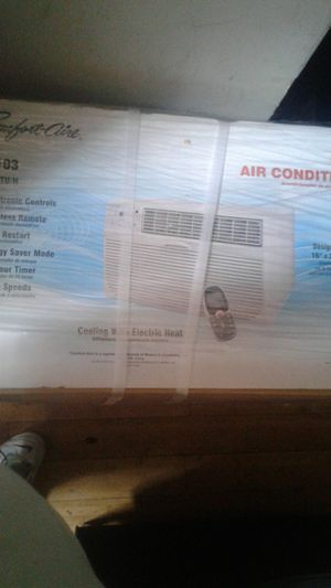 3 Comfort-aire room air conditioner brand new still in box for Sale in Washington, DC