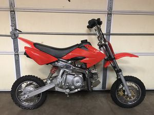 Great condition 70cc dirt bike for Sale in Martinsburg, WV
