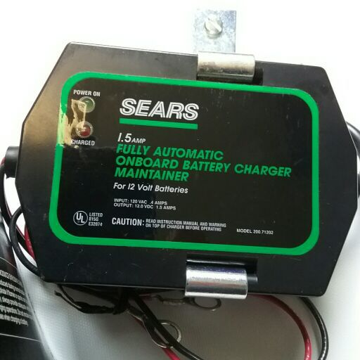 Fully Automatic Onboard 1.5amp Maintainer//Charger