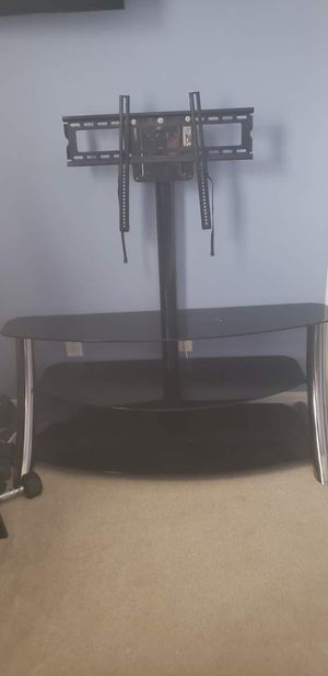 Tv stand with Black glass for Sale in Grand Island, FL