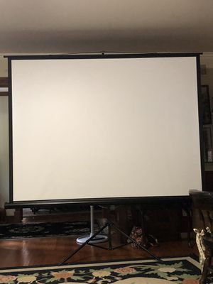 ProHT retractable projection screen for Sale in Rockville, MD