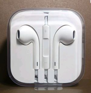 OEM Genuine Original Apple Earpods Headphones for iPhone 5 5s 5C 6 6s MD827LL/A for Sale in Fort Washington, MD