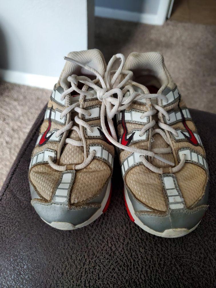Nike kids size 9c