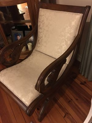 Chair for Sale in Cumberland, VA