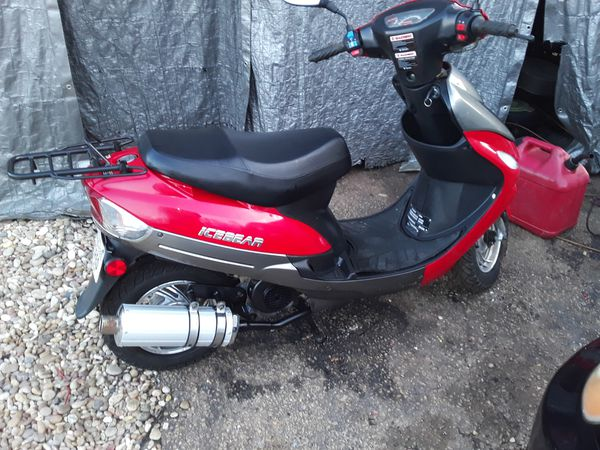 Icebear 50cc with 552 miles and title like new