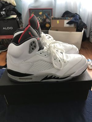 Air Jordans Retro 5 White Cements Size 9 for Sale in San Leandro, CA