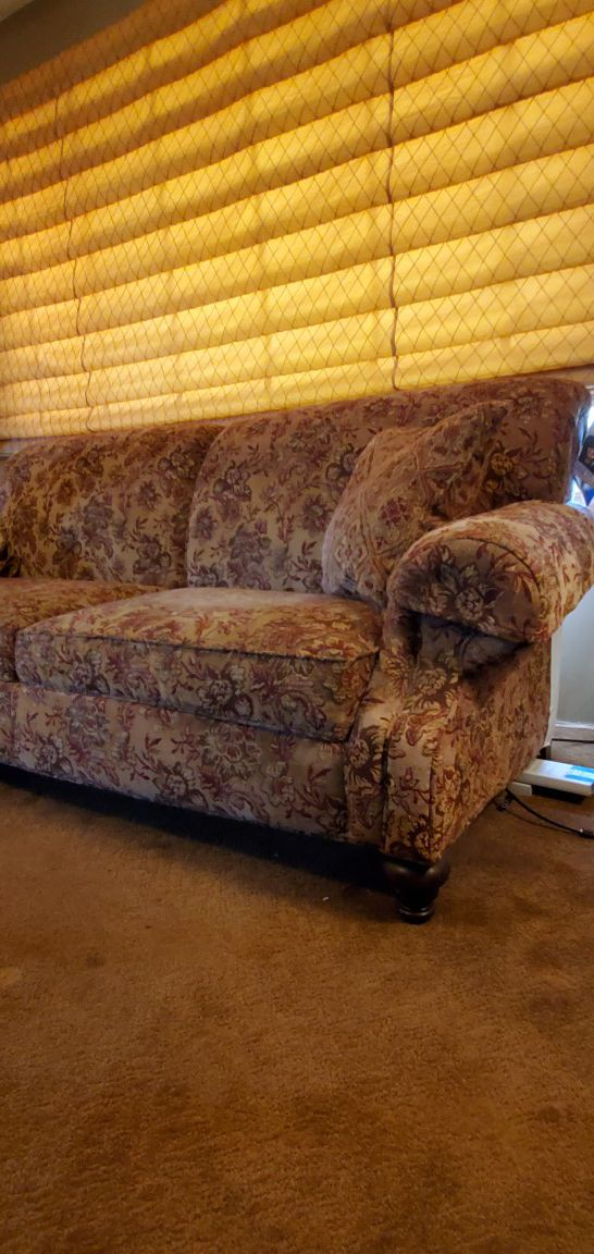 Flexsteel Brand Tapestry Sofa And