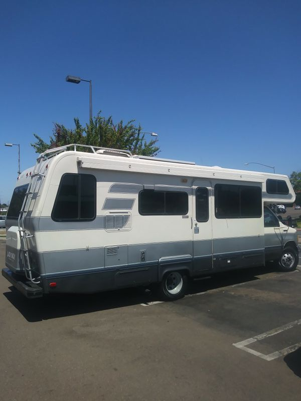 Beautiful Class C motorhome for Sale in Chino, CA - OfferUp