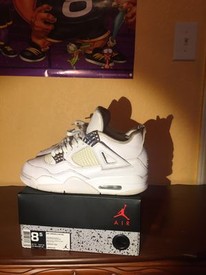 "Photo Retro Jordan 4s ""Pure Money"""