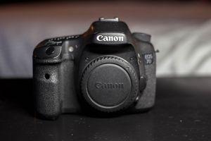Canon EOS 7D Body for Sale in San Francisco, CA