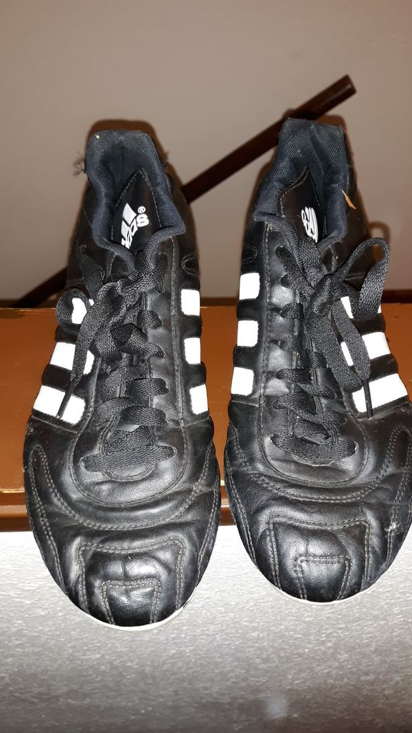 ab5a636f8 Adidas soccer shoes size 6 1/2 still new for Sale in Portland, OR ...