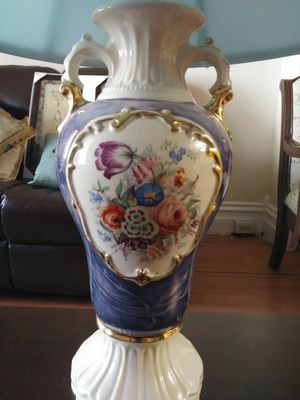 Antique Table Lamp. for Sale in Allentown, PA