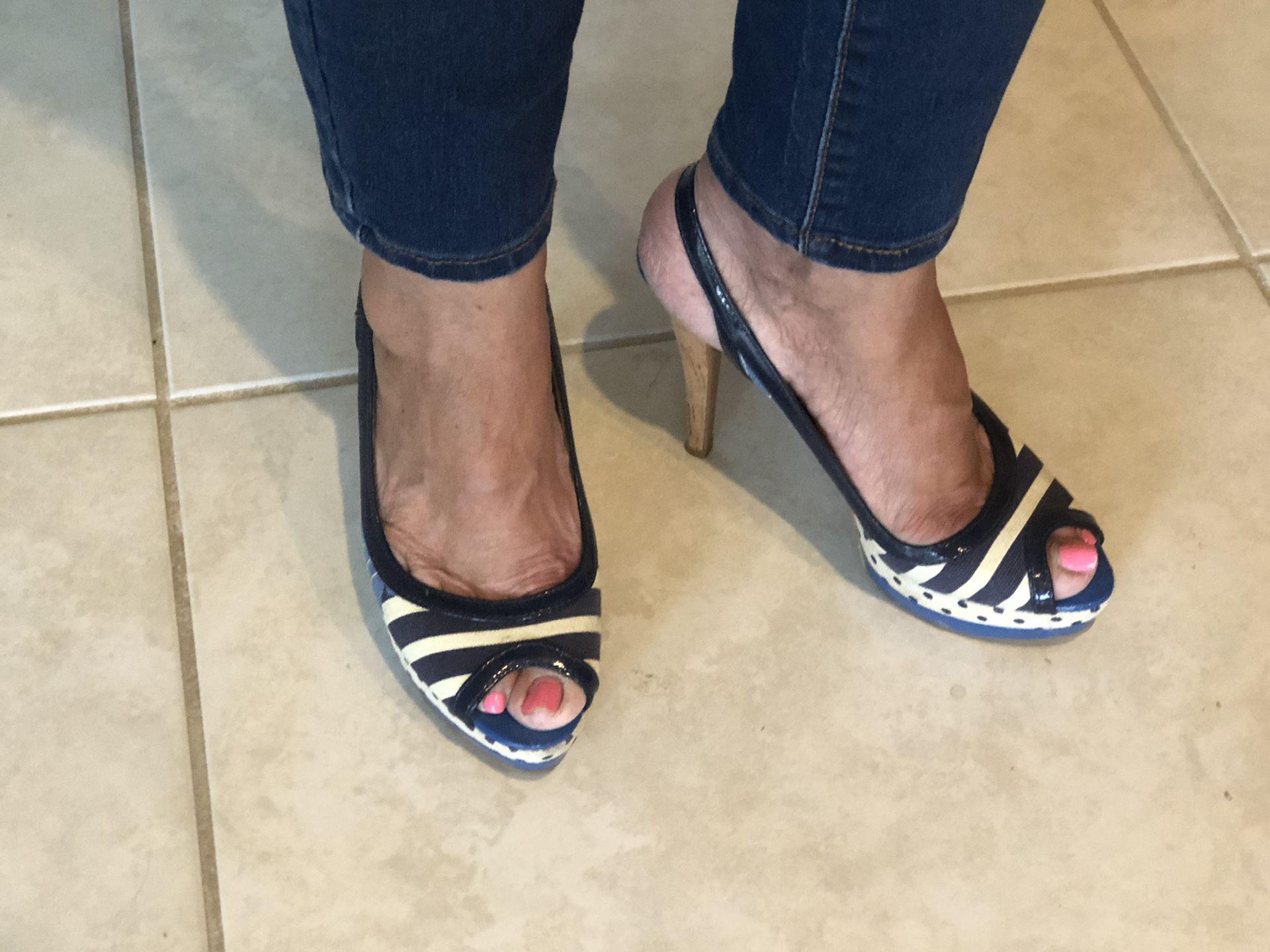 Size 6 1/2 attractive heels 2 1/2 inch heels