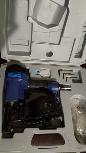 Central Pneumatic Contracter Nail Gun for Sale in Casselberry, FL