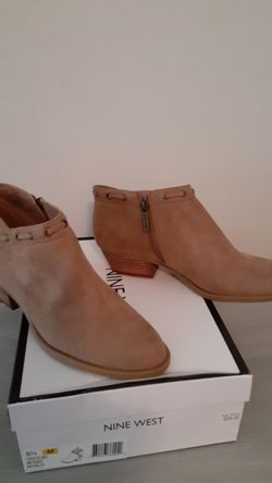 Nine West suede boots Thumbnail