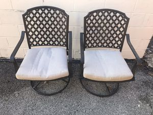 Photo 2 Hampton Bay Swivel Metal Outdoor Patio Chairs with Beige Cushions