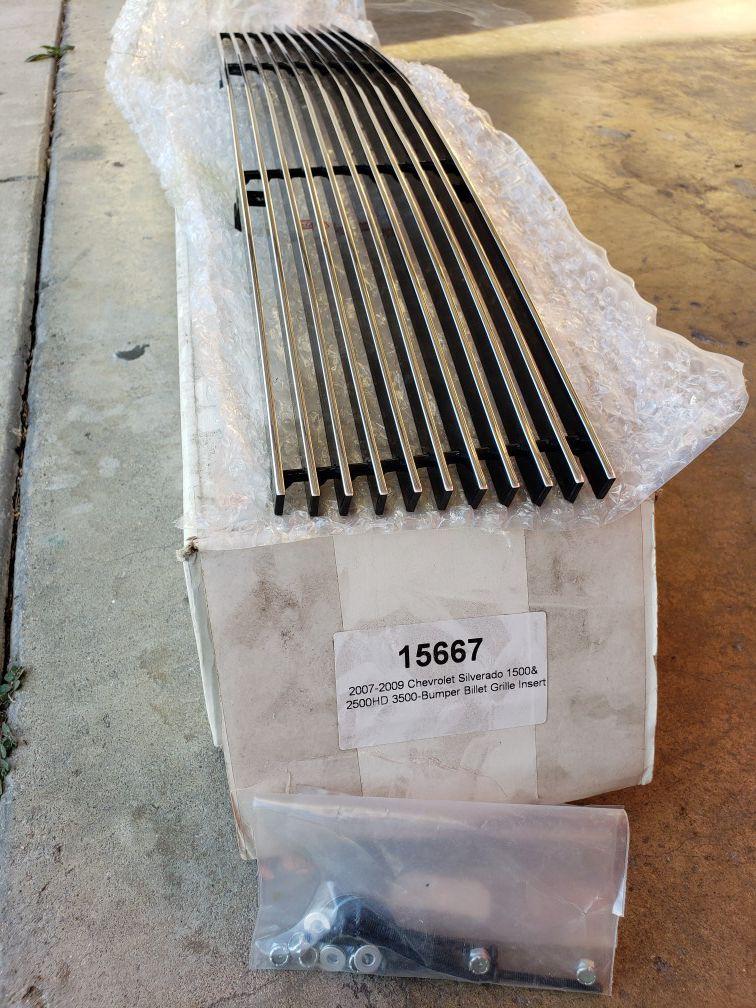 07-09 Chevy Silverado Bumper Insert Grille