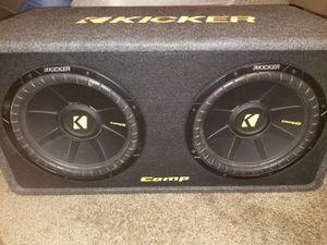 Photo Kicker Comp 12 inch Subs + CXA600.1 Amp Bundle