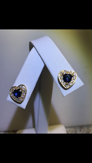 Sapphire and Diamond 14kt gold. Heart shape earrings. for Sale in Orlando, FL