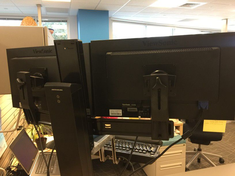 Sit to Stand Desk station