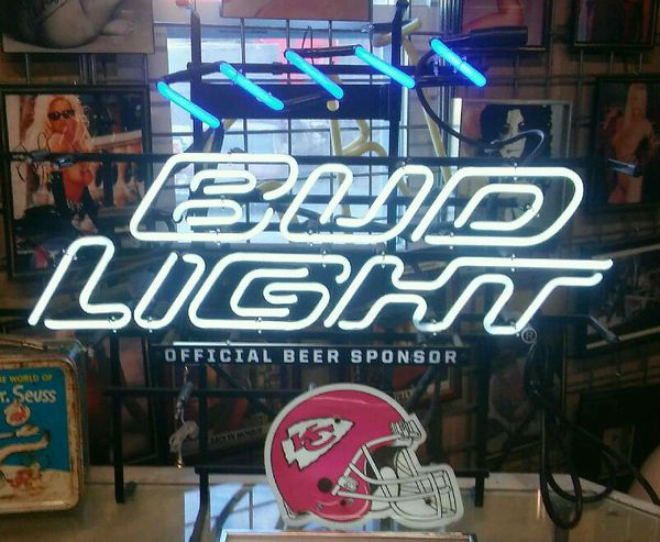 Bud Light beer neon sign for Chiefs football for Sale in Kansas City, MO - OfferUp