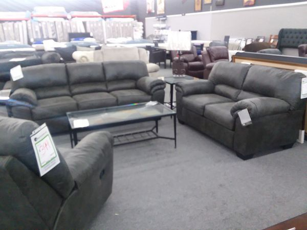 Pleasing Bladen Sofa And Loveseat 699 For Sale In Us Offerup Gmtry Best Dining Table And Chair Ideas Images Gmtryco