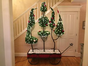 Christmas Wagon Display - High-End Commercial Grade w/ Lighting for Sale in Seattle, WA