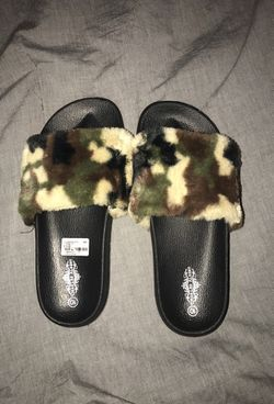 Sliders / sandals Thumbnail