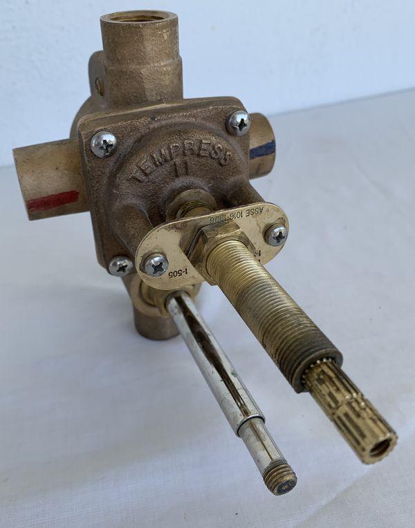 Newport Brass Brasstech Tempress Ii 1 505 4 Port Tub And Shower Trim Rough In Diverter Valve W