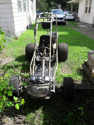Go cart frame with adjustable seat and seat belt. No motor.. for Sale in Cleveland, OH