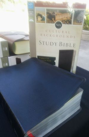 NIV Cultural Backgrounds Study Bible for Sale in Compton, CA