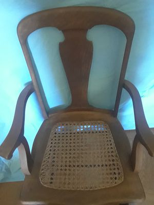 Antique Rocking Chair for Sale in Orlando, FL