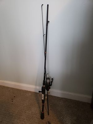 Fishing rod pick up only for Sale in Amissville, VA